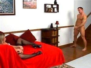 Kinky babe sex i lår høye strømper og høye hæler