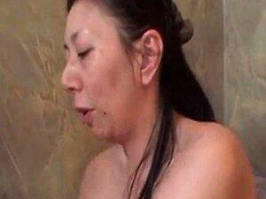 45 år gammel japansk modne Aki Ishika Loves Cock (Usensurerte)