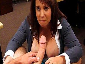 Busty kone knullet av pervers bonde fyr å tjene ekstra penger